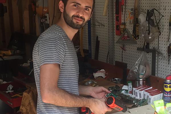 Doctoral student Amin Amooie creates affordable supercomputer Raspberry Pis